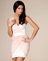 Satin Chiffon Dress SEK 449, Elise Ryan - NELLY.COM