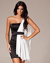 Grecian Chiffon Dress NOK 449, Elise Ryan - NELLY.COM