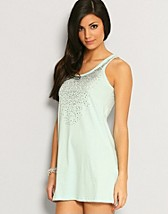 Tarn Long Tank Top EUR 17,90, Only - NELLY.COM