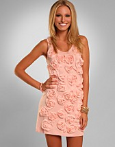 Rose Vest Dress SEK 549, Meteor Shower - NELLY.COM