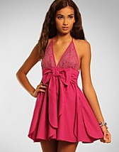 Lace Halter Dress SEK 599, Jones & Jones - NELLY.COM