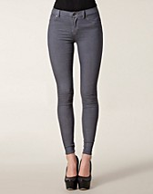 Jeans , Wien Jeggings , Sort Denim - NELLY.COM