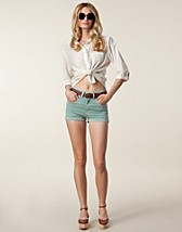 Byxor & shorts , Arlene Shorts , Dr Denim - NELLY.COM