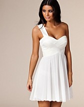 Bustier Dress SEK 399, Three Little Words - NELLY.COM