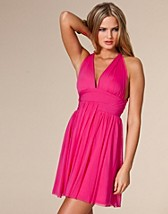 Halter Chiffon Dress SEK 349, Three Little Words - NELLY.COM