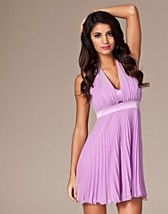 Festkjoler , Pleated Halter Dress , Three Little Words - NELLY.COM