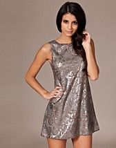 Printed Sequin Tunic SEK 479, Three Little Words - NELLY.COM