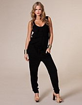 Flap Pocket Jumpsuit SEK 399, Vero Moda - NELLY.COM