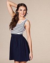 Samba Stripe Mini Dress NOK 179, Vero Moda - NELLY.COM
