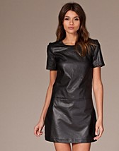 Town Pu Dress SEK 459, Vero Moda - NELLY.COM