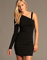 Ellen Dress SEK 1299, Stylein - NELLY.COM