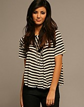Wonder Stripe Tee SEK 649, Acne - NELLY.COM