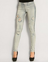 Raw Denim Leggings SEK 299, Pieces - NELLY.COM
