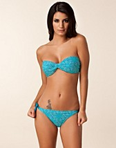 Hele sett , Nyllia Bikini Set , Pieces - NELLY.COM