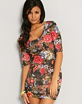 Floral Back Strap Dress SEK 249, Club L - NELLY.COM