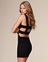 Susette Open Back Dress SEK 399, Club L - NELLY.COM
