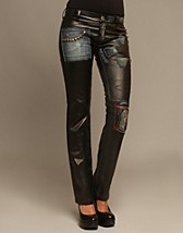 Zoe Jeans SEK 2999, Rock By Sweden - NELLY.COM