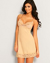 Cup Cake Chemise SEK 599, Elle Macpherson Intimates - NELLY.COM