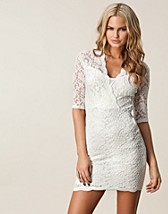 Festklnningar , Kriss Lace Dress , TFNC - NELLY.COM