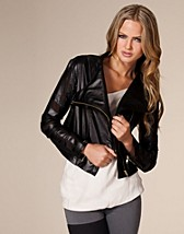 Hope Jacket SEK 499, Nelly Trend - NELLY.COM