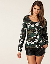 Tops , Army Top , NLY Trend - NELLY.COM