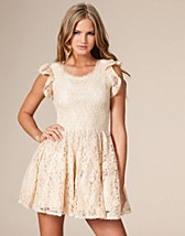 Full Lace Dress SEK 349, Angeleye - NELLY.COM