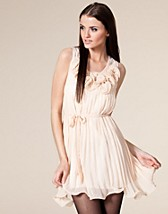 Rose Chiffon Dress SEK 349, Angeleye - NELLY.COM