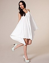 Francette Dress SEK 499, Dry lake - NELLY.COM