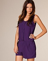 Dominica Jumpsuit SEK 499, Rodni - NELLY.COM