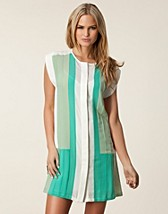 Klnningar , Narda Block Dress , The Wardrobe - NELLY.COM