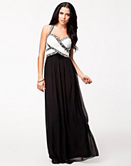Detailed Maxi Dress Nelly Exclusive