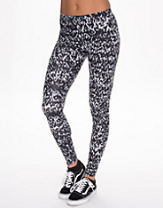 Nike Club Leggings