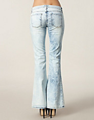 The Lowbell 0206 Jeans