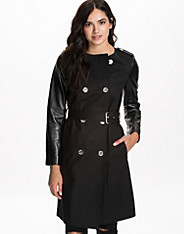 Collarless Trench