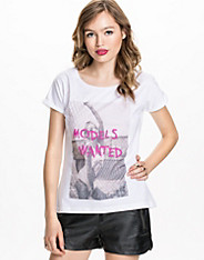 Models Wanted Top