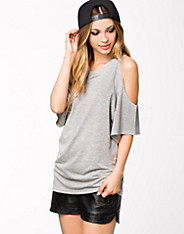 Oversized Cut Out Tee