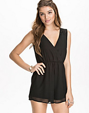 Lace Back Playsuit nly blush