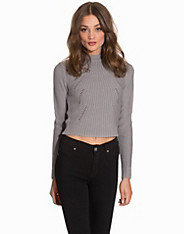 Cropped Cable Knit
