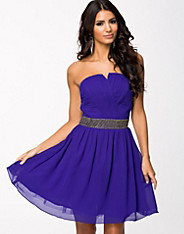 Embellished Sweetheart Neckline Prom Dress