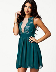 Eyelash Front Chiffon Skater Dress