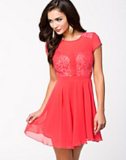 Short Sleve Eyelash Skater Dress