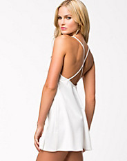 Criss Cross Back Swing Dress
