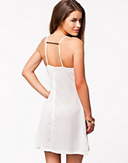 Strap Plaquet Back Dress
