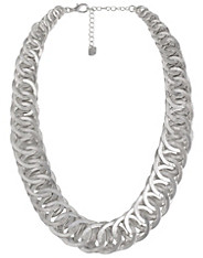 Alvas Necklace