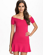 Low Frill Jersey Dress
