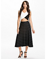 Berit Structured Skirt
